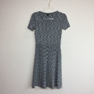 • ANN TAYLOR PETITE• Fitted Heathered Dress Size S
